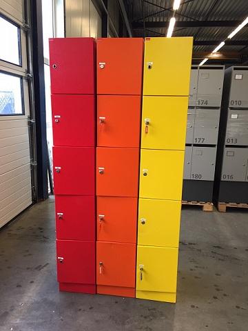 5 vaks Van Esch lockers diverse kleuren