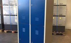 4- deurs kledingkast blauw